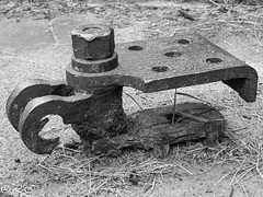 _8260141 (Inapapel) Tags: 2017 donostia olympus urgull rusty iron irondetails ironwork flickr workediron blackandwhite bw bn zuribeltzean