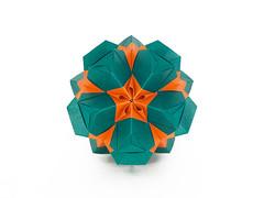 Astridia (masha_losk) Tags: kusudama кусудама origamiwork origamiart foliage origami paper paperfolding modularorigami unitorigami модульноеоригами оригами бумага folded symmetry design handmade art