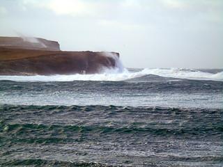 Rough sea at the bat of Skail
