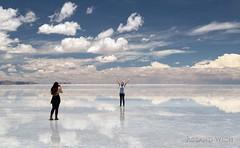 Salar de Uyuni (Rolandito.) Tags: south america amérique du sur sudamérica bolivia bolivie salar de uyuni water reflection persons people