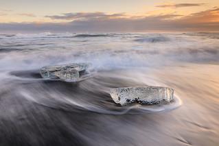 Slow motion - Jokulsarlon ice beach