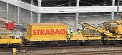2017-08-16_5731 Kgs-z 23 62 3329 030-3 Strabag werkzaamheden Schiedam (IV) (Peter Boot) Tags: strabag 23riv cg brs kgsz 6233290303 schiedam bmti bmtirailservice nederland trein plattewagen 62cg