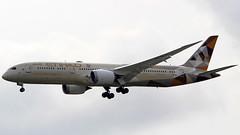 Etihad Boeing 787-9 A6-BLJ (turkhavakancolle) Tags: etihad uae boeing boeing787 787 7879 aircraft aviation airplane avgeek singapore changi changiairport