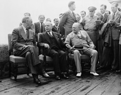Franklin D. Roosevelt, William Lyon Mackenzie King and Winston Churchill (seated left to right) at the Citadel during the Quadrant Conference / Franklin D. Roosevelt, William Lyon Mackenzie King et Winston Churchill (assis, de gauche à droite) à la citade (BiblioArchives / LibraryArchives) Tags: lac bac libraryandarchivescanada bibliothèqueetarchivescanada canada williamlyonmackenzieking primeminister premierministre podcast balado diary journalpersonnel franklindroosevelt winstonchurchill quadrantconference conférencequadrant citadel citadelle quebec québec nationalfilmboardofcanada photothèque officenationaldufilmducanada august11241943 1124août1943 men hommes