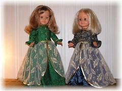 Auf geht's zum Opernball ! / Let's go to Opera Ball ! (ursula.valtiner) Tags: puppe doll ball abendkleid evening dress puppen puppets dolls ballkleid balldress