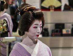 Double Kosen (Rekishi no Tabi) Tags: kosen geiko geisha leica kyoto japan