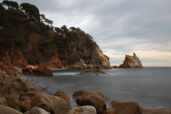 Cala S'Agulla (Albert T M) Tags: blanes calasagulla llargaexposició mediterrani costabrava capvespre atardecer catalunya catalonia