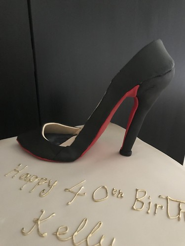 Louboutin Shoe Cake For A 40th Happy Birthday Kelly