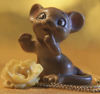 Mouse and Rose less than an inch