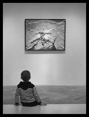 Une rencontre (thierry-manach.com) Tags: peinture art noir et blanc monochrome nb moebius enfant child tableau blanco contemplation light ombre education dessin dessinateur bd auteur blackandwhite black white best artiste