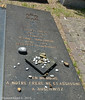 Cimetière Bellevue - 030 (florentgold) Tags: florent glod floglod florentglod lëtzebuerg lëtzebuerger lëtzebuergesch luxemburg luxemburger luxembourgeois luxembourgeoise luxembourgeoises luxembourg letzebuerg grandduchy grandduché grossherzogtum bellevue belle vue cimetière friedhof juif juifs juive juden judenfriedhof jüdischer jewish israéilite vdl stad ville de limpertsberg lampertsbierg