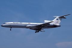 Kras Air TU-154M RA-85708 BCN 15/08/1997 (jordi757) Tags: airplanes avions nikon f90x kodachrome kodachrome64 bcn lebl barcelona elprat tupolev tu154 krasair ra85708