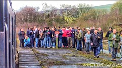 Spotters taking pictures of 37069+37259 at Hellifield (17.02.2018) (TOG Trains Photography) Tags: trains transport railroad railway railtour railscene