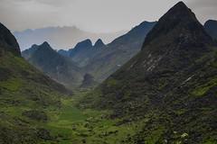 Horská krajina severního Vietnamu (zcesty) Tags: vietnam23 skála krajina hory vietnam dosvěta hàgiang vn