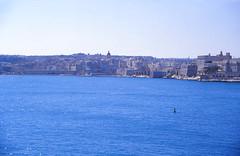 Il-Birgu (demeeschter) Tags: malta valletta city town building architecture heritage historical art street stelmo fort castle bastion sea mediterranean