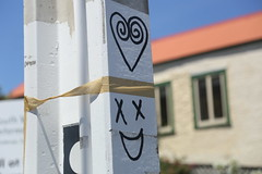 14:365:2018 (chrisjtse) Tags: 365 2018 newtown wellington graffiti heart smile face