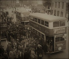 London transport ST type bus on route 15 Charing Cross WW2. (Ledlon89) Tags: london bus buses transport lt lte lptb londontransport londonbus londonbuses vintagebuses oldbuses aec