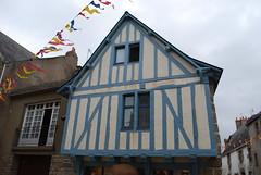 Maison du potier - Guérande (44) (odile.cognard.guinot) Tags: guérande maisondupotier loireatlantique paysdelaloire 44 maisonàcolombages