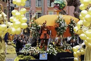 Carnaval de Nice - bataille de Fleurs - French Riviera