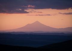 Mt Taranaki (Alfredo Esing) Tags: mt mountian mount mounttaranaki taranaki sunset nz newzealand new zealand northisland north island purple haze landscape
