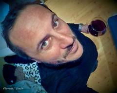 Cin-cin (ioriogiovanni10) Tags: vin vino vinorosso nuit buonaserata faccia 👀 viso me io homme face gopro hero5