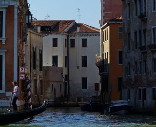 Rio de S. Polo, Seitenarm des Canal Grande * Side arm of the Canal Grande *   . P1360761-001