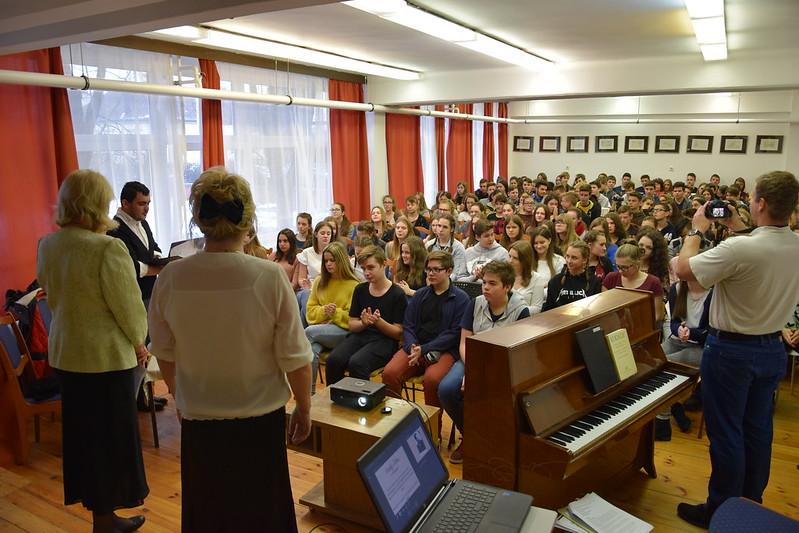 Hangverseny és vetélkedő - 2017.12.08