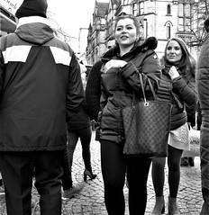 Albert Square (LozHudson) Tags: manchester mono monochrome blackwhite blackandwhite fuji xt10 fujifilmxt10 people