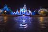 Sleeping Beauty Castle Holiday 12_18_2017 (Domtabon) Tags: castle christmas disneyland dl dlr disney disneylandresort sleepingbeautycastle mousewait