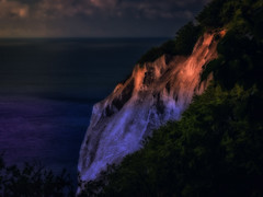 The cliffs off Moen in morning light (ibjfoto) Tags: balticsea danmark denmark ibjensen ibjfoto moenscliff mønsklint natur sea zealand cliff hav klint landscape landskab outdoor sunrise water østersøen