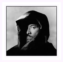 Issey Miyaké . . . pris par Irving Penn. (nickylechatreux) Tags: portrait paris palais collection couturier monochrome