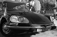 Citroen DS (Ilya.Bur) Tags: citroen ds nikkormat ft2 nikkorhc 50mm f20 agfa apx100 100 caffenolcl film analog bw monochrome old stock homemade soup