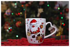 cozy moments...(in explore) (@Katerina Log) Tags: cozy coffee christmas bokeh depthoffield katerinalog bokhe closeup sonyilce6500 indoor light greece griechenland moments macro epz18105mmf4goss drink noel