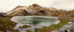 Emerald Lake and Red Crater (Quentin Medda) Tags: tongariro alpine crossing volcano red crater emerald lake pano panorama
