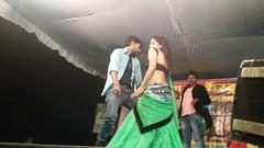 sawar ke jab aawelu khaiba mehri ke hathe mota jaiba (hot recording dance) Tags: bhojpurivideos hotrecordingdance hotvideos indianrecordingdance recordingdance tamilvideos teluguvideos