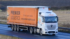 YF15 AMU (panmanstan) Tags: mercedes actros mp4 wagon truck lorry commercial curtainsider freight transport haulage vehicle m62 motorway sandholme yorkshire