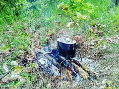 Кипятим воду для каши и для чая.