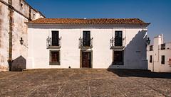 A Casa Portuguesa (amcatena) Tags: sky blue house white casa portugal ilustrarportugal
