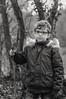 Portrait enfant ! (Ethan mon fils). (Cedraw) Tags: enfant portraitenfant portraiture portraitiste portrait minot gamin petitgars boy garçon bambin bambino nikond5300 nikon tamron tamronsp90mmf28dimacro11vcusd lumière lumineux luminosité noiretblanc blackandwhite blackwhite bw monochrome monochrom nature forêt bois arbres branches promenade balade hiver bâton boutdebois lunette noir blanc gris black white grey soe