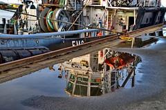 Schiff gespiegelt - Ship reflected (antje whv) Tags: bremerhaven weser hafen fischereihafen schiffe ships spiegelung reflection