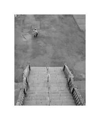 Gernika (oiZox) Tags: streetphotagraphy street streetart gernika vizcaya euskadi euskalerria blackwhite blanconegro black human happiness people photography paisvasco pais viaggiare vasco mono monocromatico monochrome bw ombreeluci
