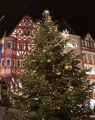 2017-Germany-BerncastleKus-Market-Part2 (nowickil) Tags: night halftimberarchitecture christmasmarket gluewien applestrudel