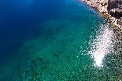 Les eaux pures d'un lac de montagne...