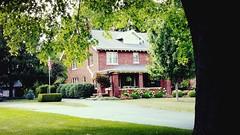 M Early 1900 Home, 1012 N. State St, Monticello, IL 20170731-1 (RLWisegarver) Tags: piatt county history monticello illinois usa il