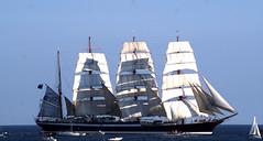 Sedov appareillant de Sète au soleil couchant (guy dhotel) Tags: voiliers boats sail quatremâts sedov