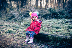 A cold Winters Walk (Wayne Cappleman (Haywain Photography)) Tags: wayne cappleman haywain photography farnborough hampshire uk cove southwood woodlands portrait child toddler ruby