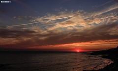 Last summer sunset (Mauro Hilário) Tags: spain coast sunset sunlight beautiful shore sky clouds elements andalucia seascape seaside summer water atlantic landscape layers