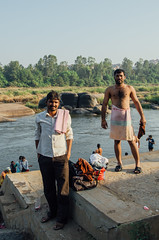 MORNING BATH, Hampi / India 2016 (monoauge) Tags: d7000 dslr nikon nikond7000 morningbath bath riverbath river hampi india indien travel street streetshot candid posed people streetphotography portrait men washing bathing travelpic travelphotography karnataka