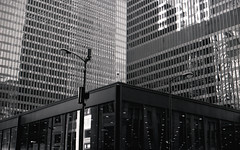 Federal Plaza (Charles Leonide) Tags: federal plaza chicago illinois designed by legend mies van der rohe nikon f nikonf charlesleonide charles leonide newson 2017 charlesnewson blackandwhite