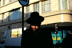 Z (Becky Frances) Tags: architecture beckyfrances city candid colour colourstreetphotography canpubphoto documentary england fuji fujifilm fujix holloway london lensblr light streetphotography socialdocumentary urban uk 2017